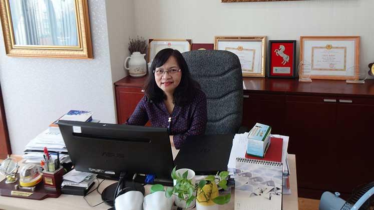 VITAS - Ms Mai and Chairman